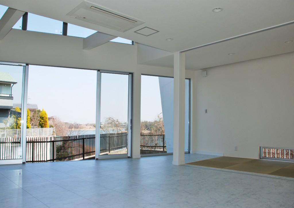 https://www.advance-architect.co.jp/works/2008/03/ity/