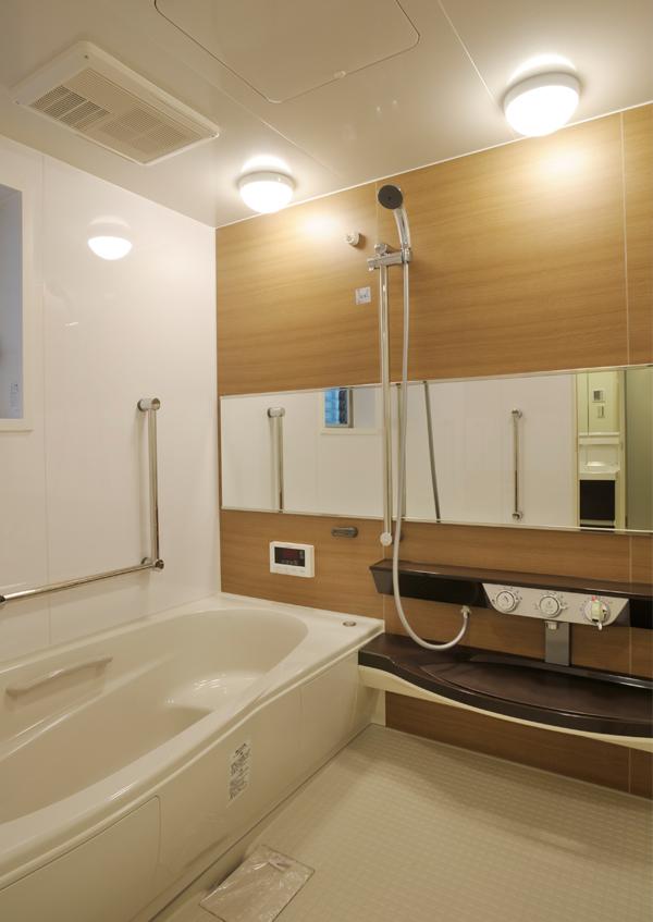 KSN_12_bathroom