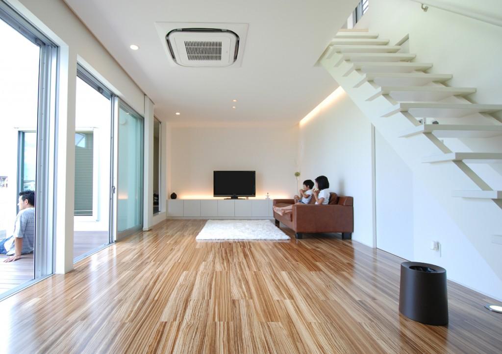https://www.advance-architect.co.jp/works/2010/02/kjk/