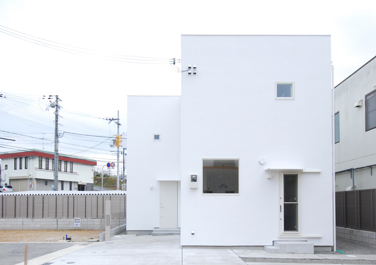 https://www.advance-architect.co.jp/works/2010/03/iwn/