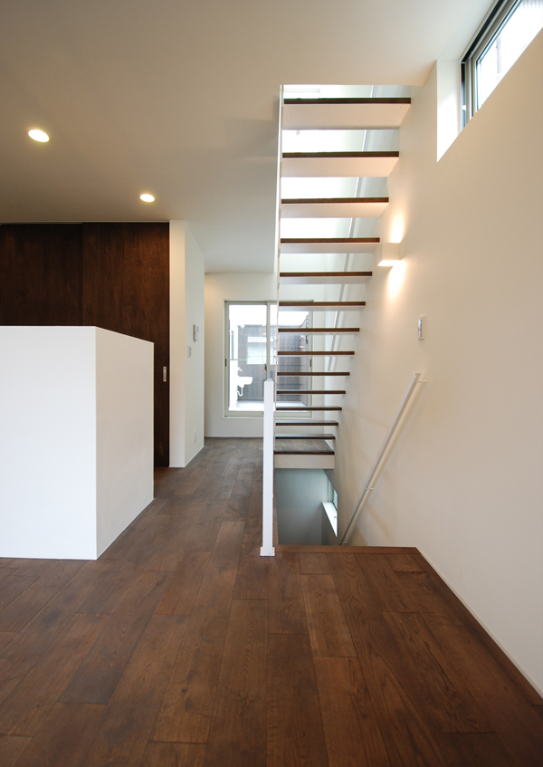 https://www.advance-architect.co.jp/works/2010/03/snh/