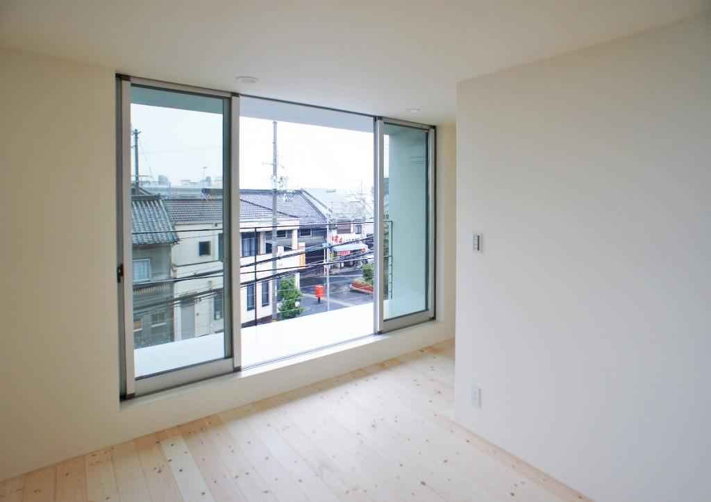 https://www.advance-architect.co.jp/works/2011/11/kmk/