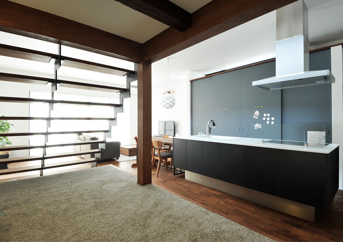 https://www.advance-architect.co.jp/works/2013/09/isk/