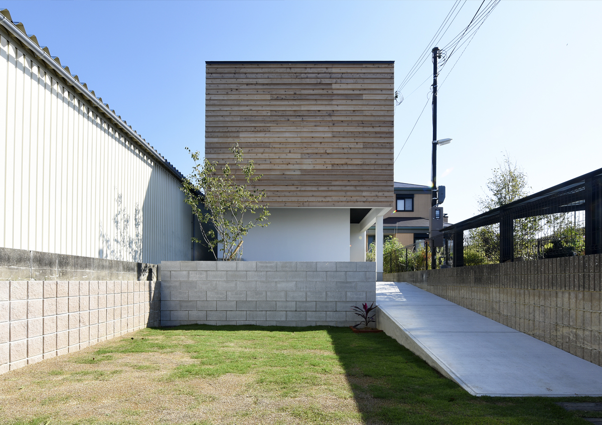 https://www.advance-architect.co.jp/works/2014/12/koo/