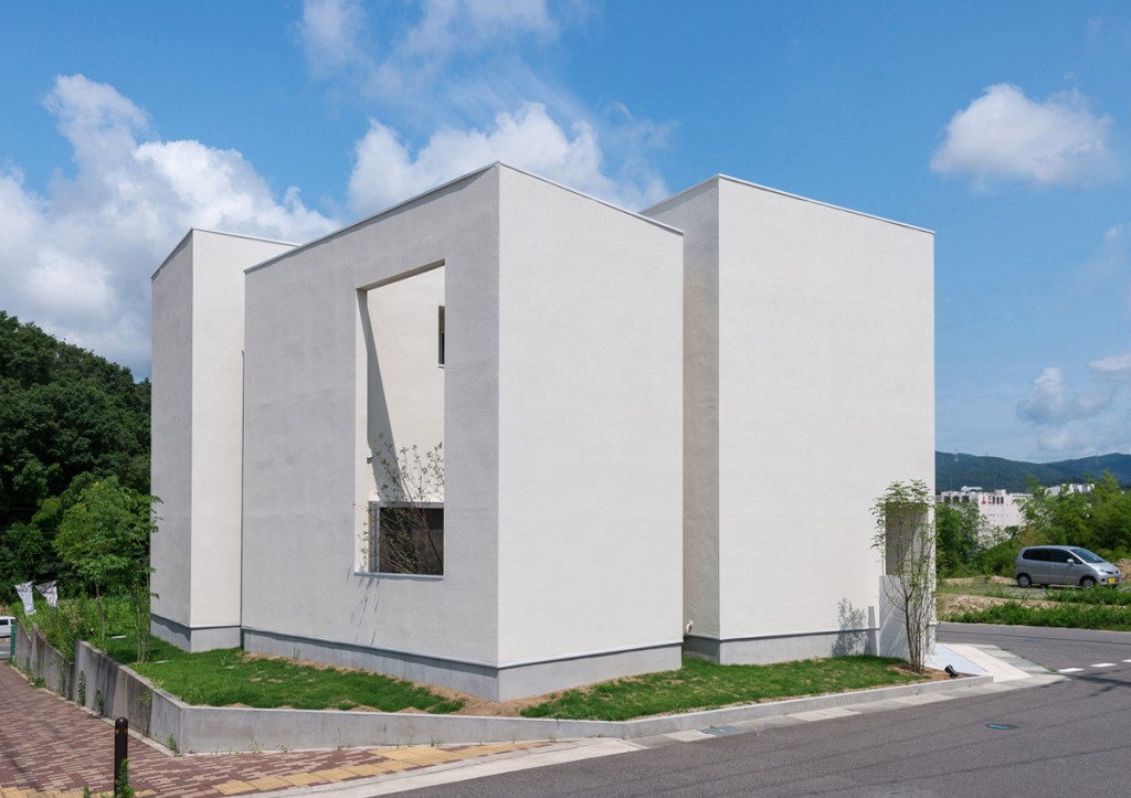 https://www.advance-architect.co.jp/works/2014/12/quarter/