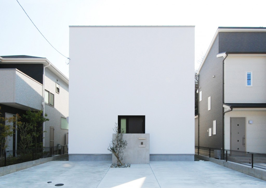 https://www.advance-architect.co.jp/works/2015/03/nym/