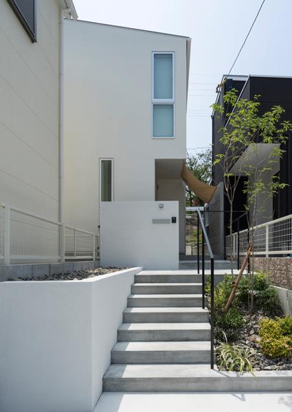 https://www.advance-architect.co.jp/works/2015/05/smi/