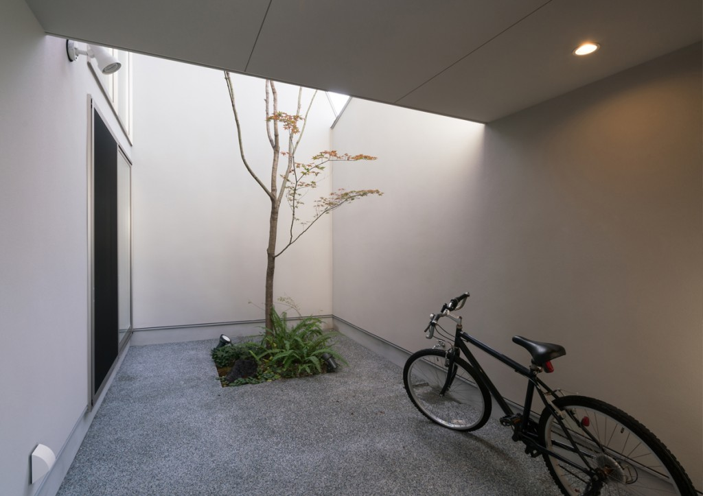https://www.advance-architect.co.jp/works/2015/04/skn/