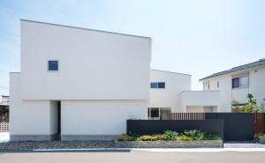 https://www.advance-architect.co.jp/works/2017/08/tyo/