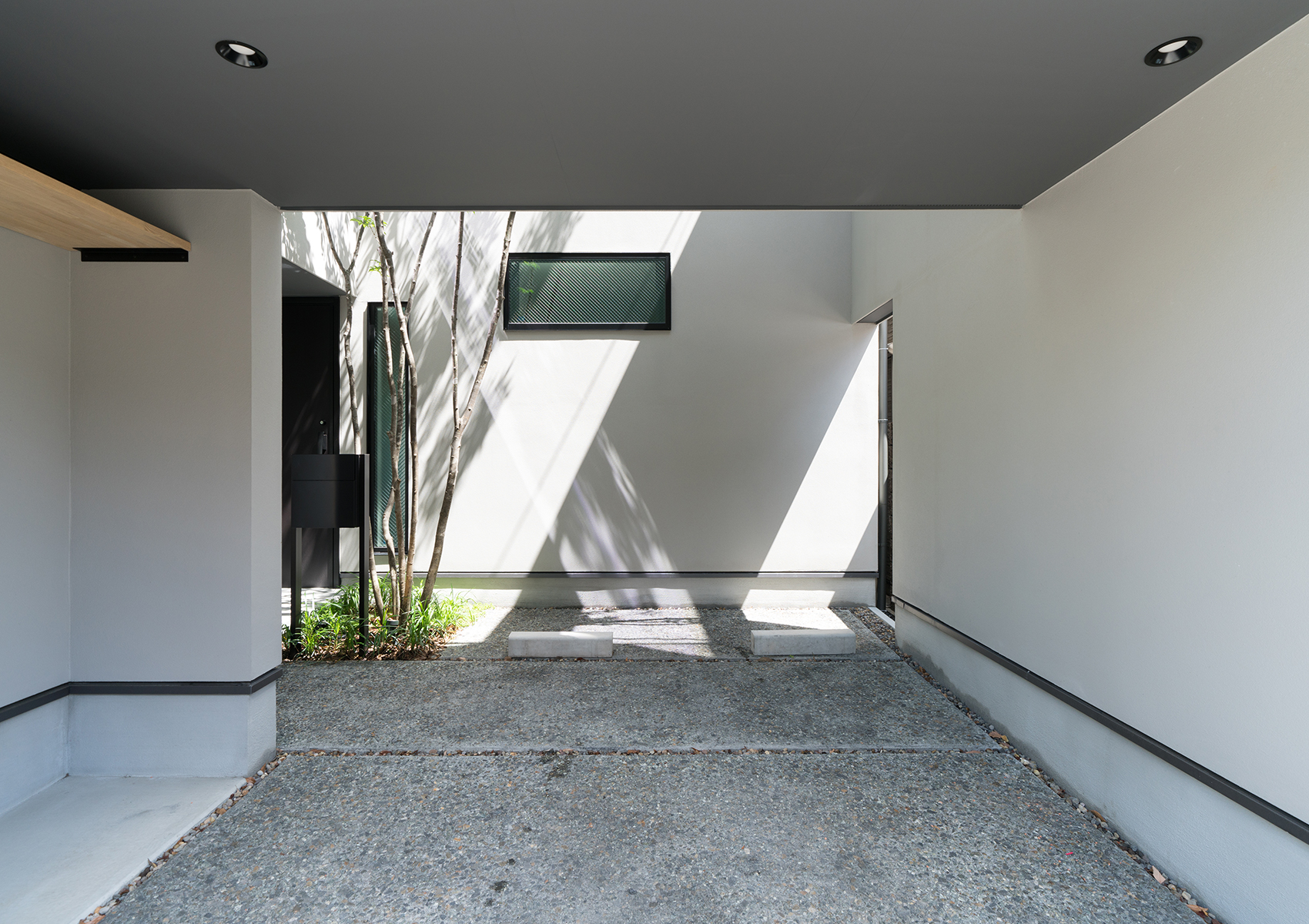 https://www.advance-architect.co.jp/works/2018/05/hhh2/