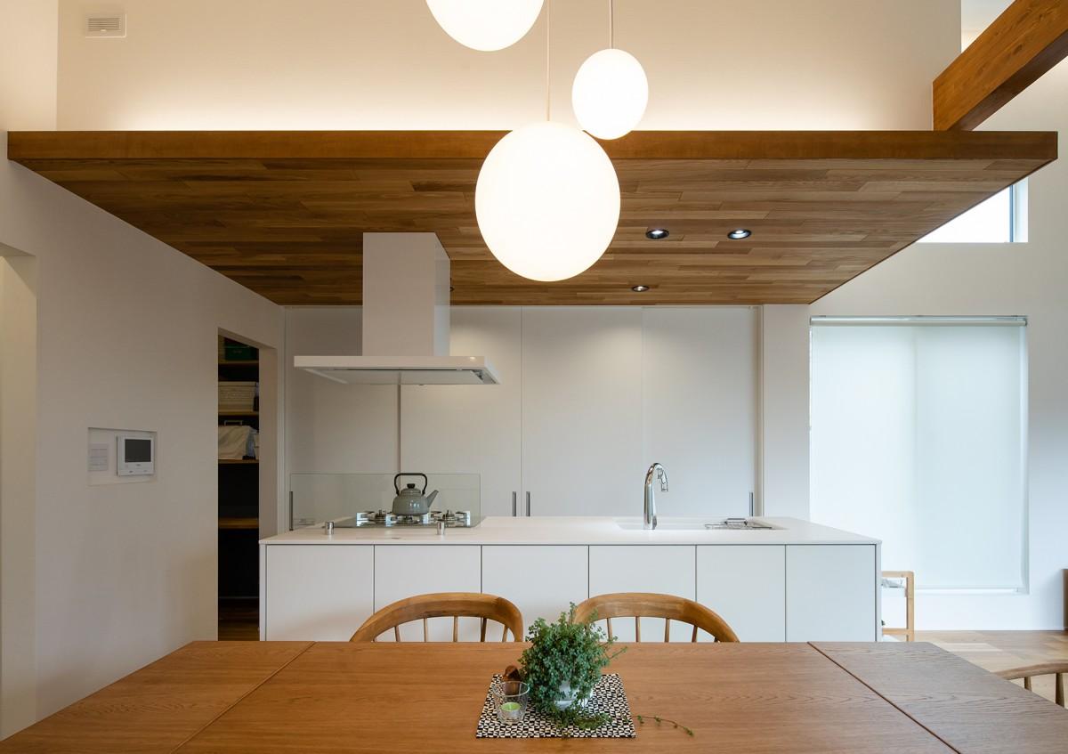 https://www.advance-architect.co.jp/works/2019/04/hkt/