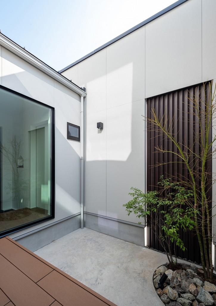 https://www.advance-architect.co.jp/works/2020/02/iit/